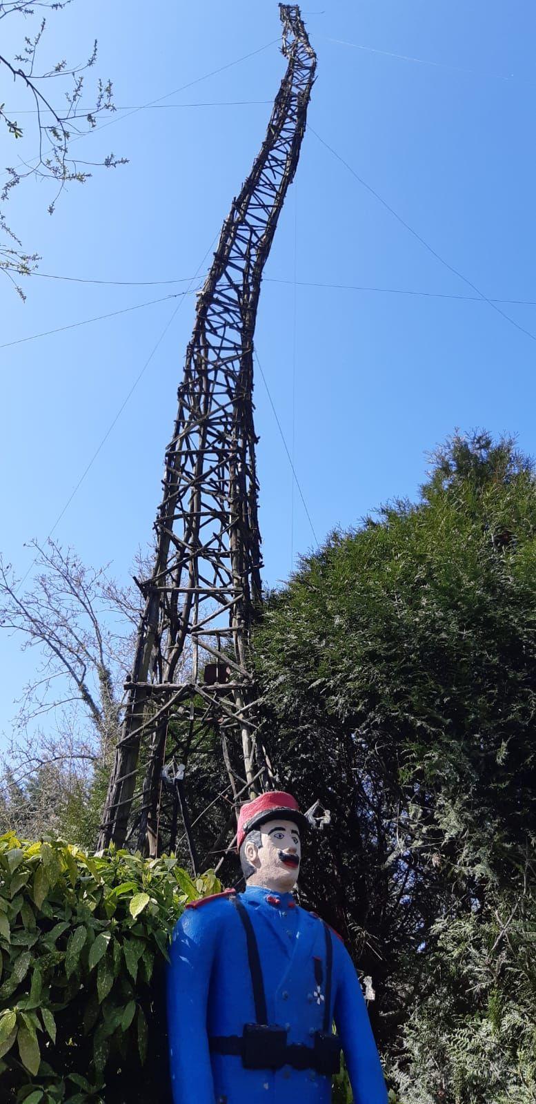 Sauvetage de la Tour Eiffel du Manège de Petit Pierre